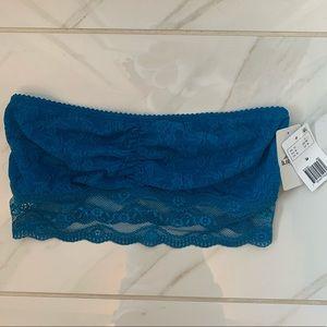 NEW Blue b.tempt'd by WACOAL strapless bandeau m